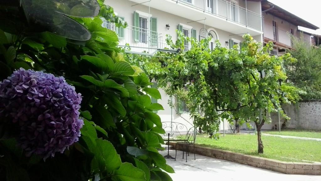 guest-house-acini-e-rose-montalenghe-external-1