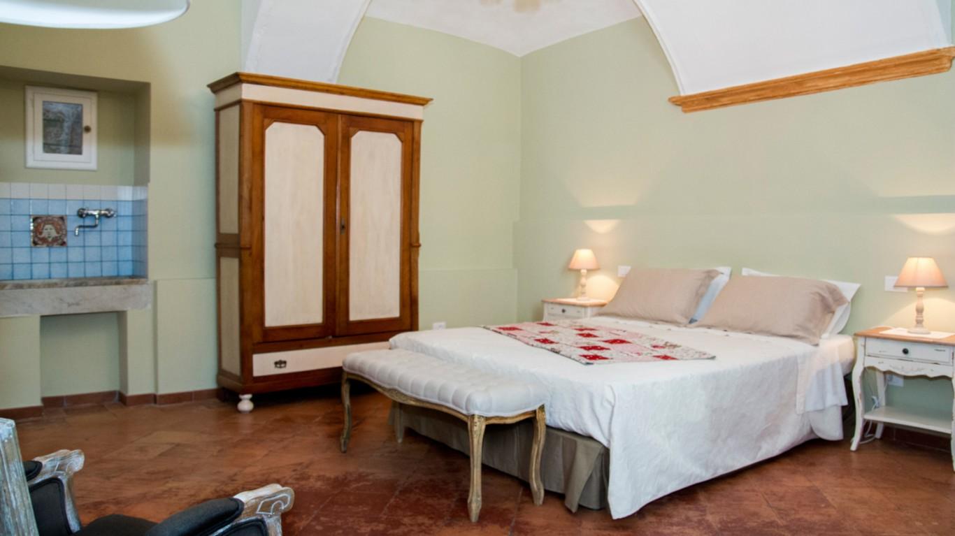 guest-house-acini-e-rose-montalenghe-golden-grapes-4